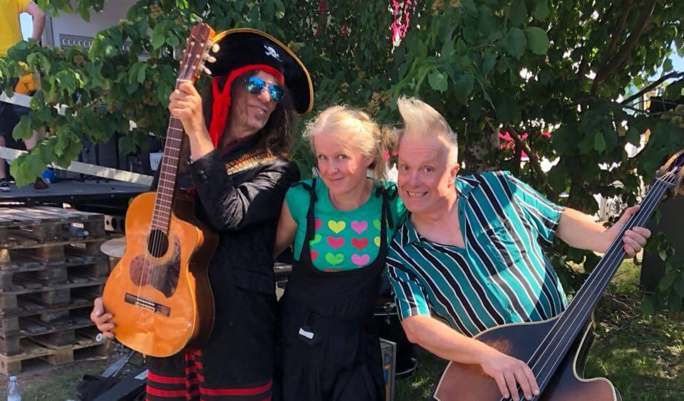 Tuvalina och Piraterna i Bäck – nu på lördag!